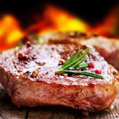 Wild rundvlees uit de natuur. (H)eerlijk voor op de BBQ! Online te bestellen op biologischnatuurvlees.nl