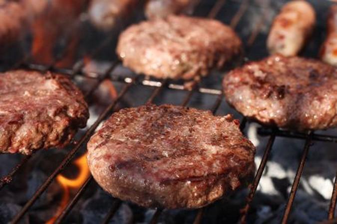 burgers op de BBQ