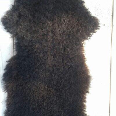105x45 donkerbruine schapenvacht