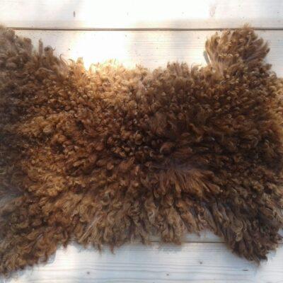 80x45 kleine bruine schapenvacht