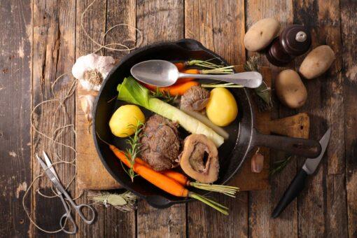 Soepnetje met vliessnippers van biefstuk