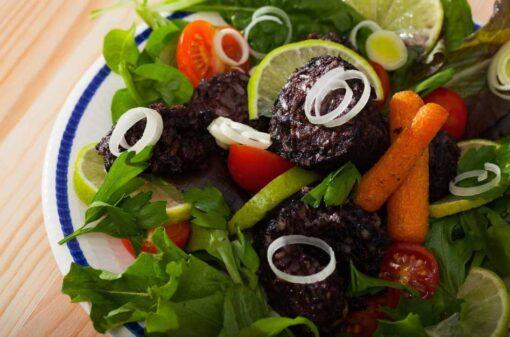bakbloedworst in salade